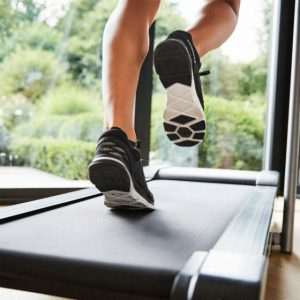 Спорт и беговые дорожки: что выбрать для дома? -